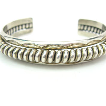 Navajo Bracelet. Sterling Silver Cuff. Harry R Morgan. Vintage Native American Jewelry. Thick Rope Top. Hand Stamped. Heavy 37.1 g, Unisex