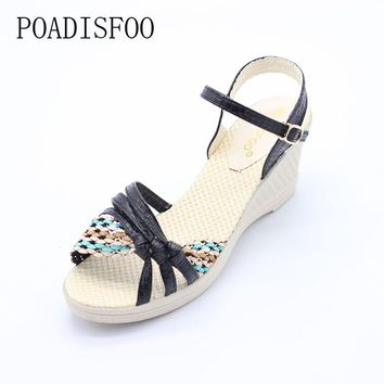 POADISFOO Women's Slight-Wedge Thin-Strapped Casual Leather Sandals - Sizes 5-7.5 (3 Colors)