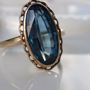 Vintage Filigree Blue Spinel Ladies Ring 10k yellow gold oval green blue teal
