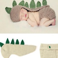 Cream And Green Dinosaur Knit Hat Outfit - CCA56
