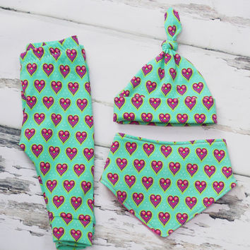 Girl Toddler , Baby Leggings , Girls Clothing , Toddler Leggings , Girls Pants , Girls Leggings , Hearts , Baby Gift , Baby Girl Clothes