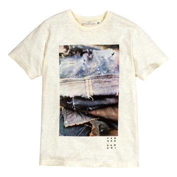 T-shirt with Printed Design - from H&M