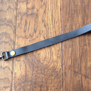 Black leather lanyard / key holder made of soft and quality genuine leather, handmade in Canada with eco friendly products