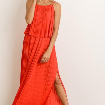 Elegant Pleated Maxi Dress
