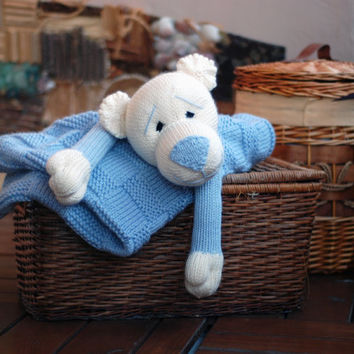 Baby Bear Toy Blanket - knitting pattern