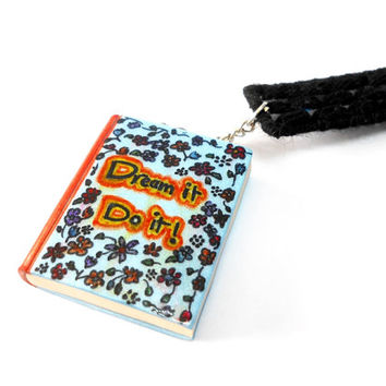 Dream it! Do it! Miniature Book - Needlepoint Bookmark Gift with a Miniature Book - Hand-painted miniature book - Floral Book - Selsal