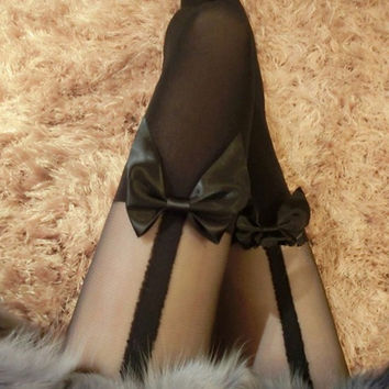 2016 Women Vintage Black Tights Bowknot Garter Pantyhose Tattoo Mock Bow Suspender Sheer Sexy Stocking for Female Girl Clothes