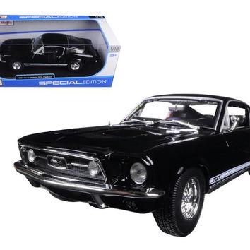 1967 Ford Mustang GTA Fastback Black 1-18 Diecast Model Car by Maisto