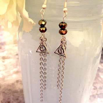 Deathly Hallows Harry Potter chan dangle earrings