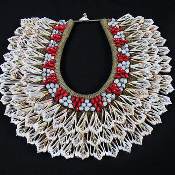 Papua New Guinea Coral Cut Shells And Seeds Large Ceremonial Necklace.Leave-Shaped Coral Shells Seeds.Handmade Bridal Signature Necklace.