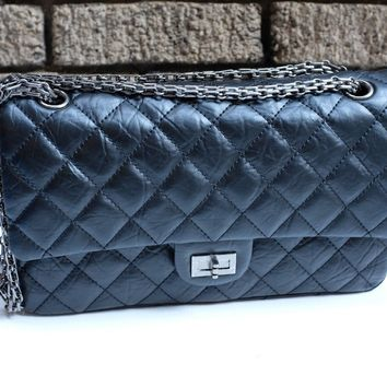 CHANEL 2.55 REISSUE 226 Style Large Black Aged Calfskin Classic double flap bag
