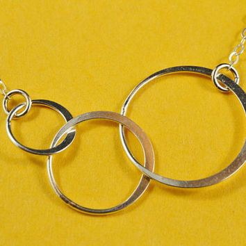 Three Circle Link Necklace 925 Sterling Silver by WonderfulJewelry