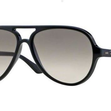 Kalete RAY-BAN CATS 5000 SUNGLASSES | 59 MM | BLACK / GREY GRADIENT | RB4125 601/32