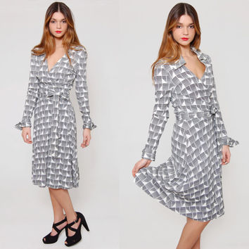 Vintage 70s DIANE VON FURSTENBERG Wrap Dress Back & White Graphic Print Jersey Midi Dress Authentic Designer Vintage Dress