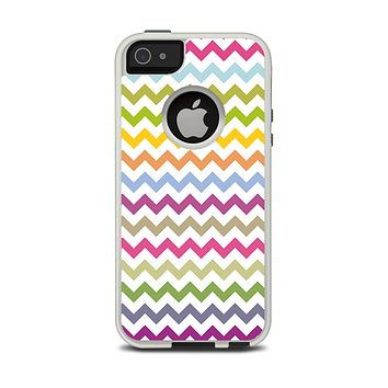 The Colorful Chevron Pattern Apple iPhone 5-5s Otterbox Commuter Case Skin Set