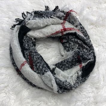 Warm Front White Plaid Scarf