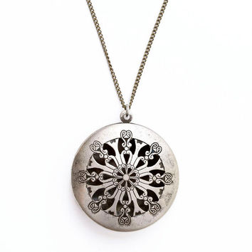 Long Antique Silver Filigree Locket // SILVER FILIGREE LOCKET pendant // Choose Your Chain // Extra Long Necklace Option