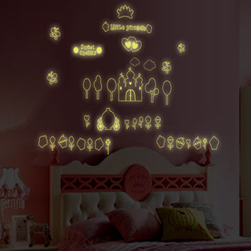 New product Luminous ice cream castle children room household adornment wall stickers in the wall to stick on the wall SM6