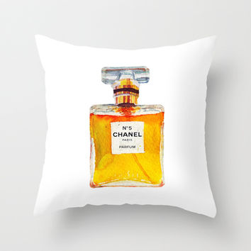 Chanel nº5 parfum Throw Pillow by Sasa