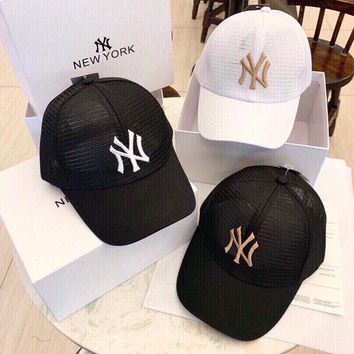 """""""New York Yankees"""" Classic Simple Embroidery Baseball Cap Couple Breathable Mesh Peaked Cap Sun Hat"""