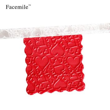 Facemile 16.3cm Heart Shaped Acrylic Non-stick Fondant Rolling Pin Dough Roller Pastry Roller Embossing Baking Tool