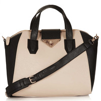 Twist Lock Winged Holdall