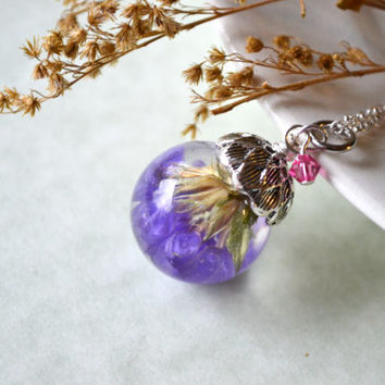 Real Dried Statice Flowers Resin Sphere Pendant