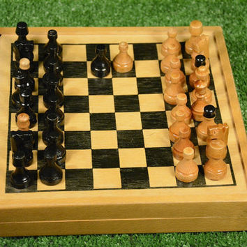 Vintage Woden Chess Set, Retro Chess Set and Checkers, Game Board Set and Wooden Pieces, Travel Chess