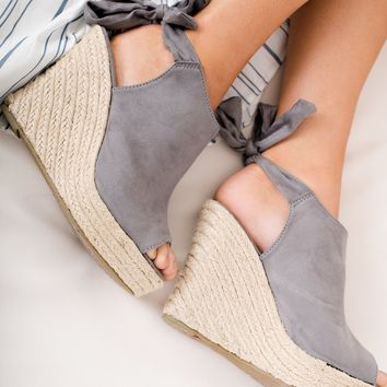 Sanjay Faux Suede Wedges (Grey)