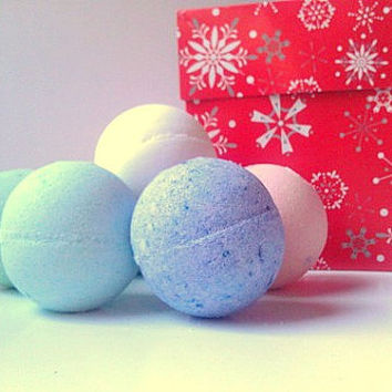 Mini Bath Bombs Holiday Gift 6 Pack, Bath Bombs Half Dozen, Gifts For Her, All Natural Bath Bombs