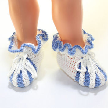 Baby booties/ Hand Knitted Baby Booties/ gift under 20