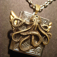 Victorian Style Steampunk Octopus Locket Necklace with Wings