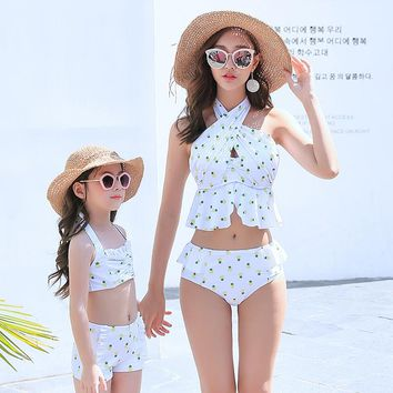 Hot Summer Mommy and Me Swimsuit Clothes Mom Baby Dress Girls Swimwer Bikini Pineapple Swimming Suit Family Matching Outfits