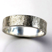 textured sterling silver band ring ; free uk shipping