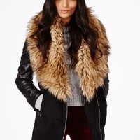 Missguided - Orla Faux Fur Collar Detail Coat In Black