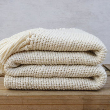 Chunky Ecru wool Blanket, natural organic merino wool, Off White throw - Ready to ship - by TexturableDecor