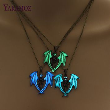 60cm Chain Glowing Necklace Jewelry Hip-Hop Skull Glow In The Dark Pendant Luminous Angel Wing Necklace Punk Bronze Silver Color