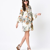 1970s Beige Floral & Leaf Long Bell Sleeve Flared Shift Dress