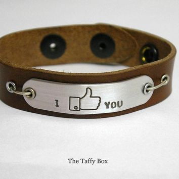 "Facebook ""like"" Bracelet In Leather Or Chain 
