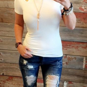 Ribbed Cold Shoulder Top: White