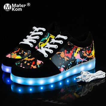 USB Glowing Shoes Luminous Sneakers for Kid Boys LED Shoes with Light Up Sole Krasovki Tenis Feminino LED Slippers Skateboarding