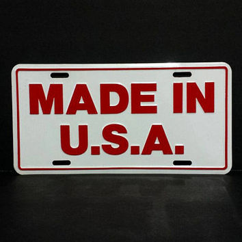 Vintage Mde In USA Car Truck Vanity License Plate Novelty Vintage She Shed Cave Retro Metal Wall Sign Decor Hanging 70s American Patriotic