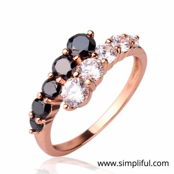 Yellow gold finish Dual color lined Finger ring