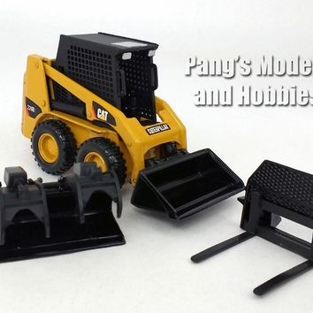 CAT 226B2 Skid Steer Loader 1/32 Scale Diecast Metal Model by Norscot