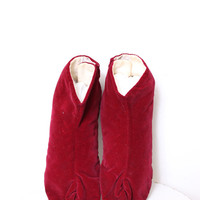 Vintage Maroon Velvet Tabi Japanese Slippers Shoes by Intrepid Treasures