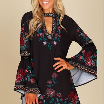 Angel Sleeve Print Shift Dress Black