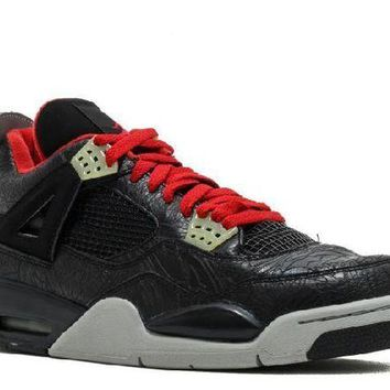 DCCKUN7 Ready Stock Nike Air Jordan 4 Retro Rare Air Laser Black Varsity Red Medium Grey Basketball Sport Shoes