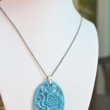 Vintage Chocker Necklace, Celluloid Oval Carved Bayou Blue Rose Medallion Pendant Chain Necklace, 1940s