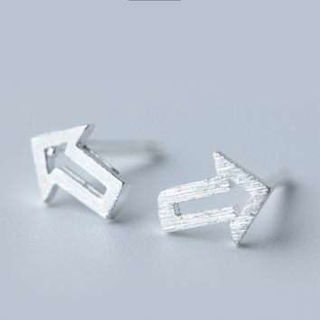 Simple arrow 925 sterling silver earrings, a perfect gift
