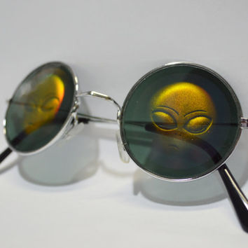 Round Sunglasses Hologram Alien Sunnies Holographic Reflective 90s Millennium Space Galaxy Silver Metallic Shiny Mirror Glasses Unisex